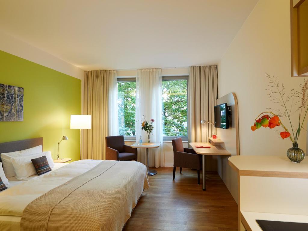 Flottwell Berlin Hotel Am Park Germany Booking Com
