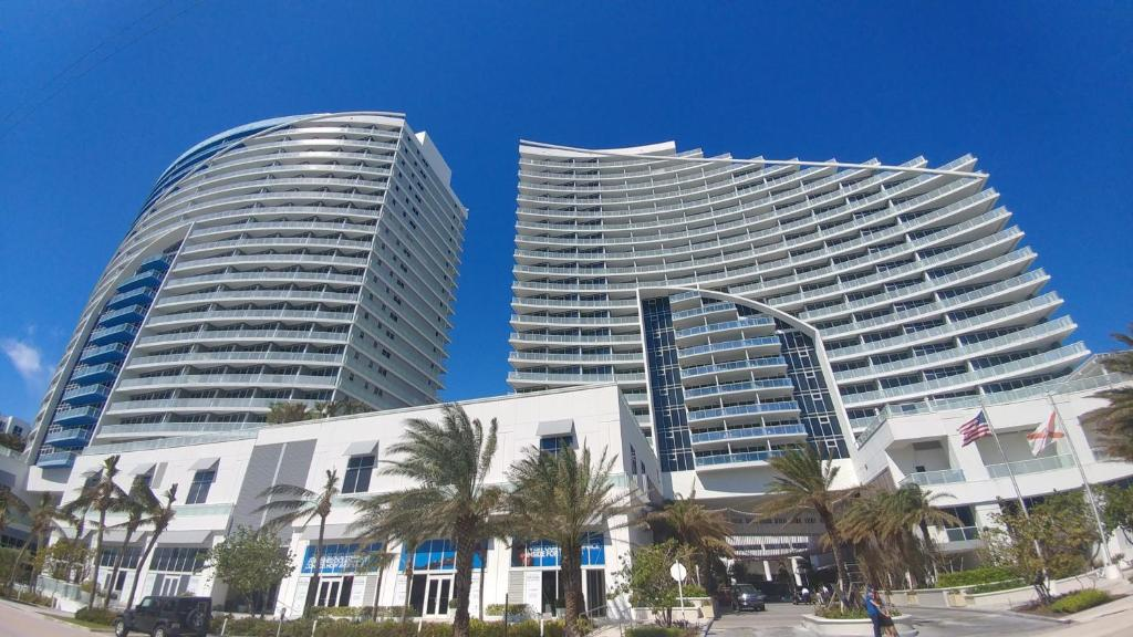 2 Br W Residences Ft Lauderdale Fort Fl