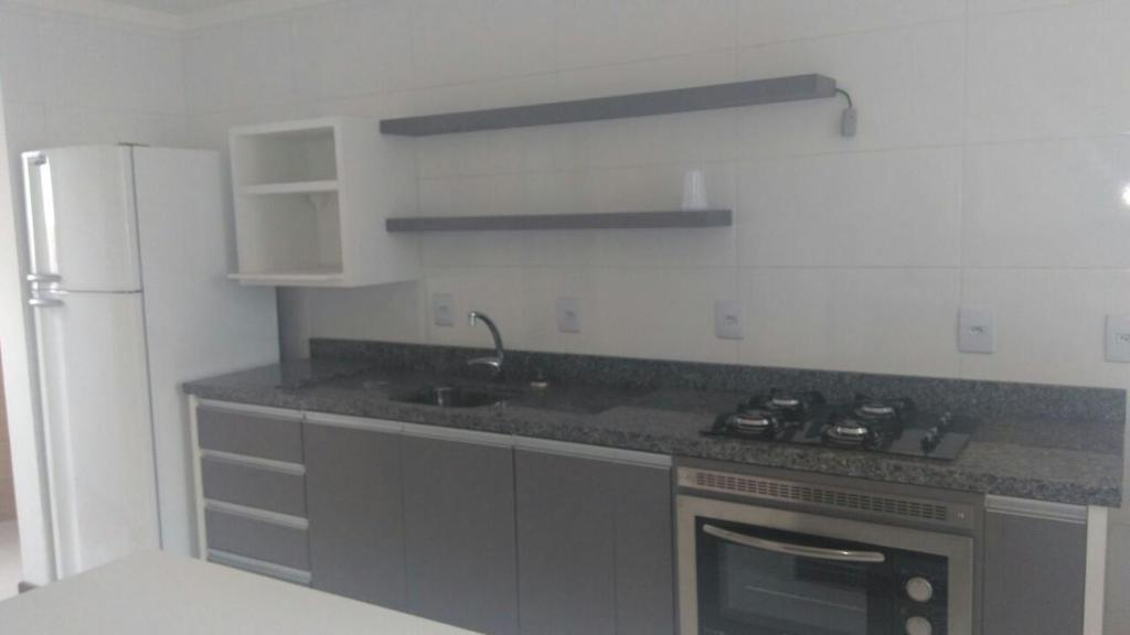 A kitchen or kitchenette at Carlos Magnus II