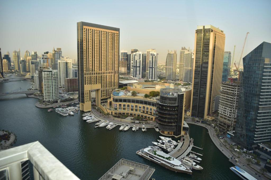 pripojiť miesto v Dubaji