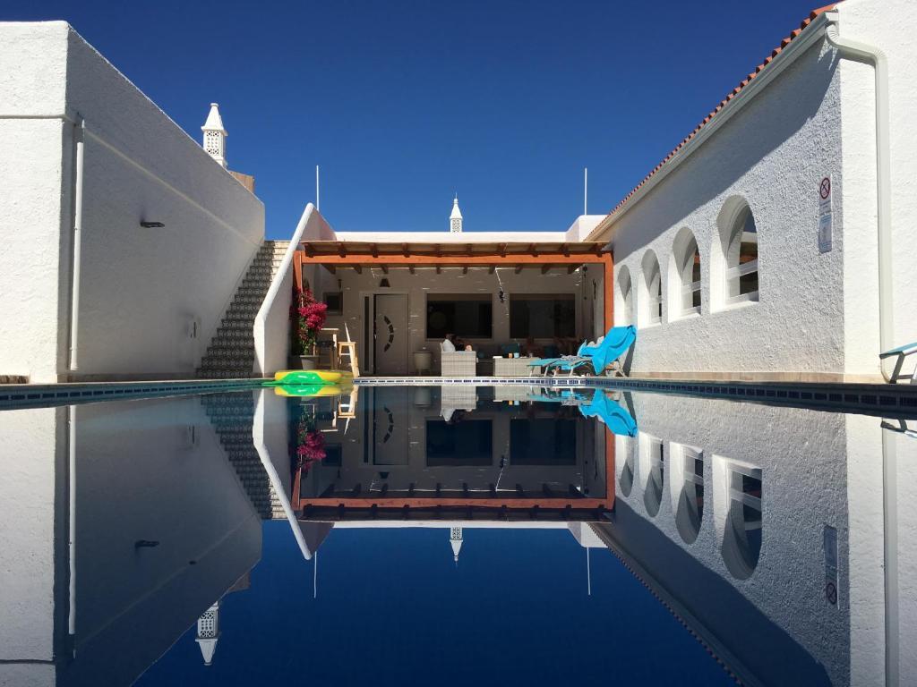 Villa Sunkiss Algarve (Portugal Carvoeiro) - Booking.com