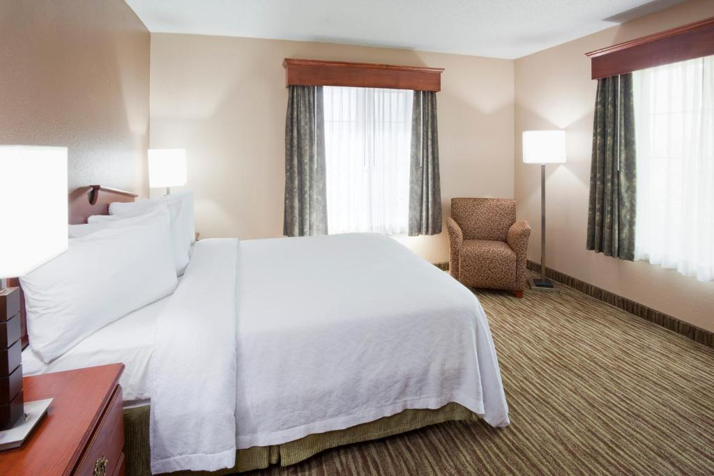 GrandStay Residential Suites Hotel - Eau Claire