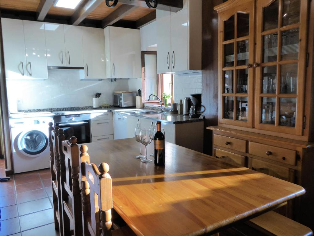 Casa Rural Rudron (España Valdelateja) - Booking.com