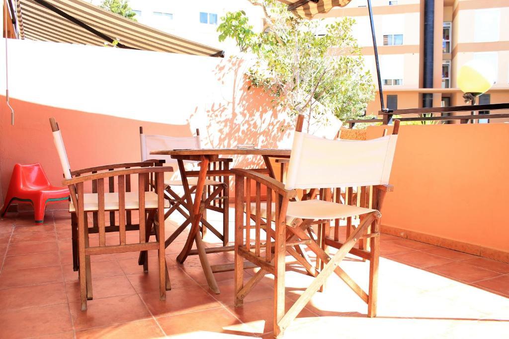 Restaurant o iba pang lugar na makakainan sa Duplex beach, 2 bedrooms, terrace & pool