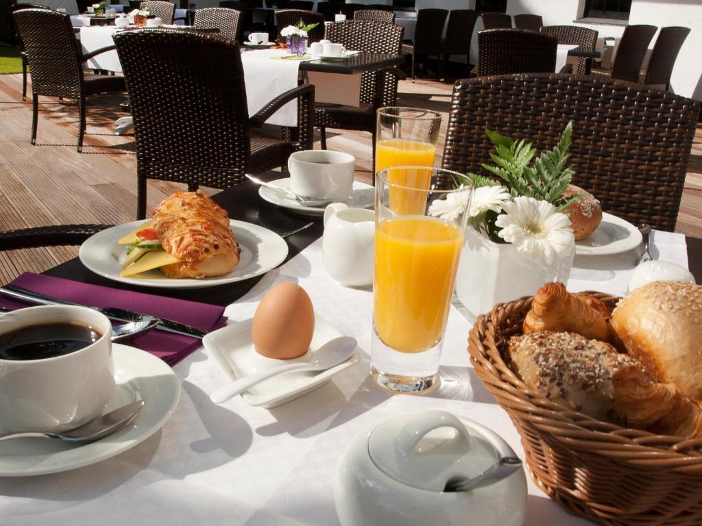 Ontbijt beschikbaar voor gasten van AVITAL Resort