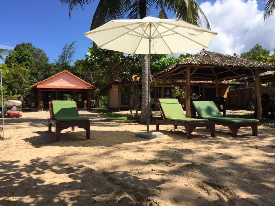 Gold Sand Beach Bungalow Phú Quốc Vietnam Booking