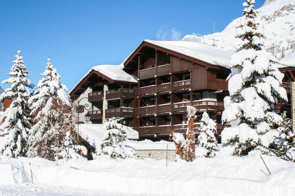 La Savoyarde during the winter
