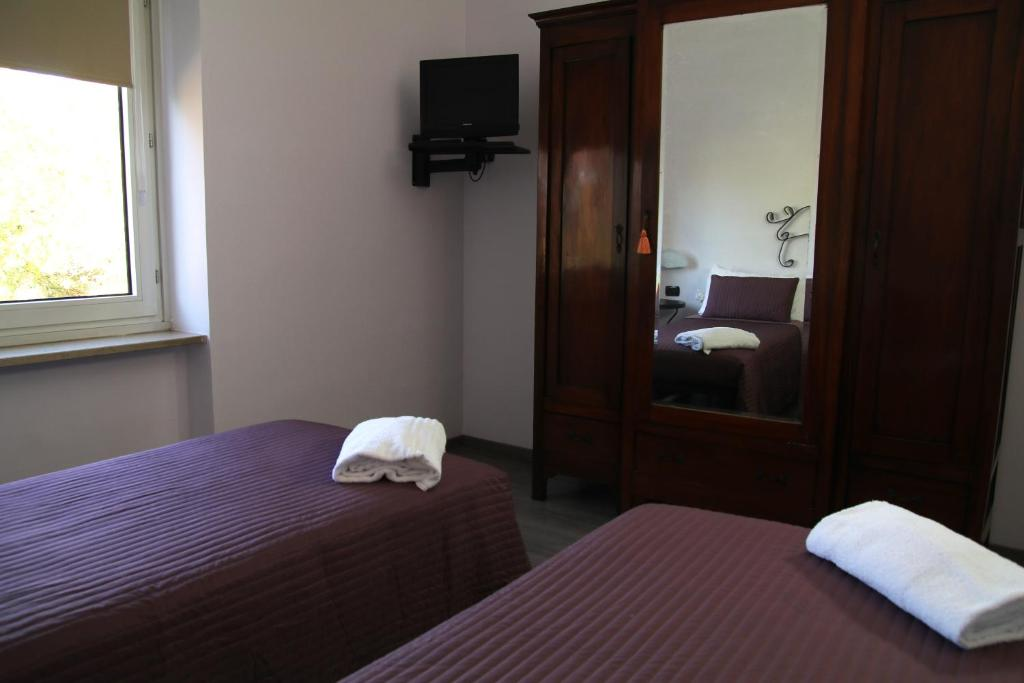 Hotel Hasta Resort, Asti, Italy - Booking.com