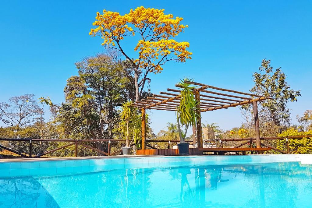 A piscina localizada em Pousada Kafundó - Inhotim ou nos arredores