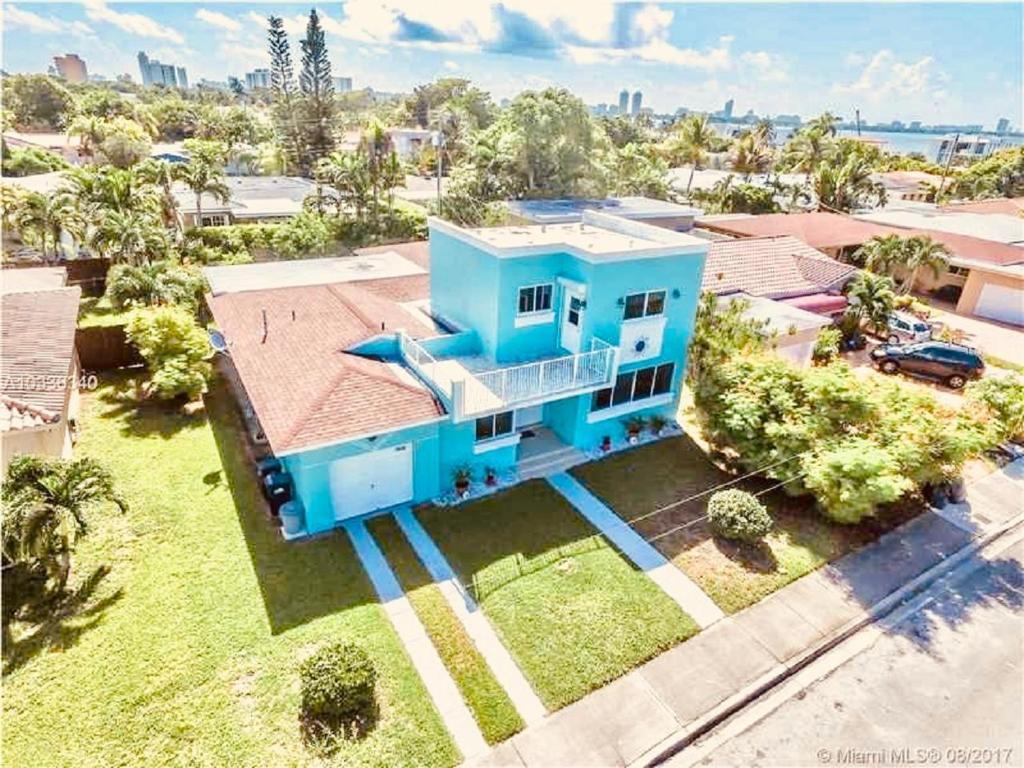 Guesthouse Blue House Miami Beach Fl