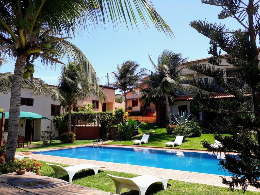 卡諾阿住宿酒店游泳池或附近泳池