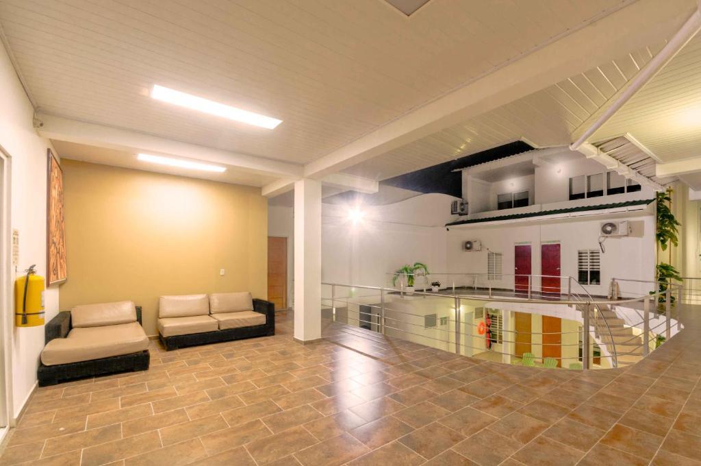Una cocina o zona de cocina en Waira Suites