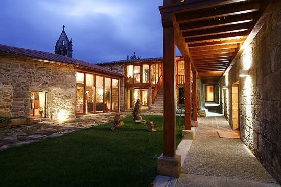 Casa de campo Rectoral de Ansemil (España Ansemil) - Booking.com