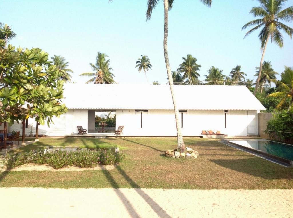 Olu Beach Villa Ambalana Sri Lanka