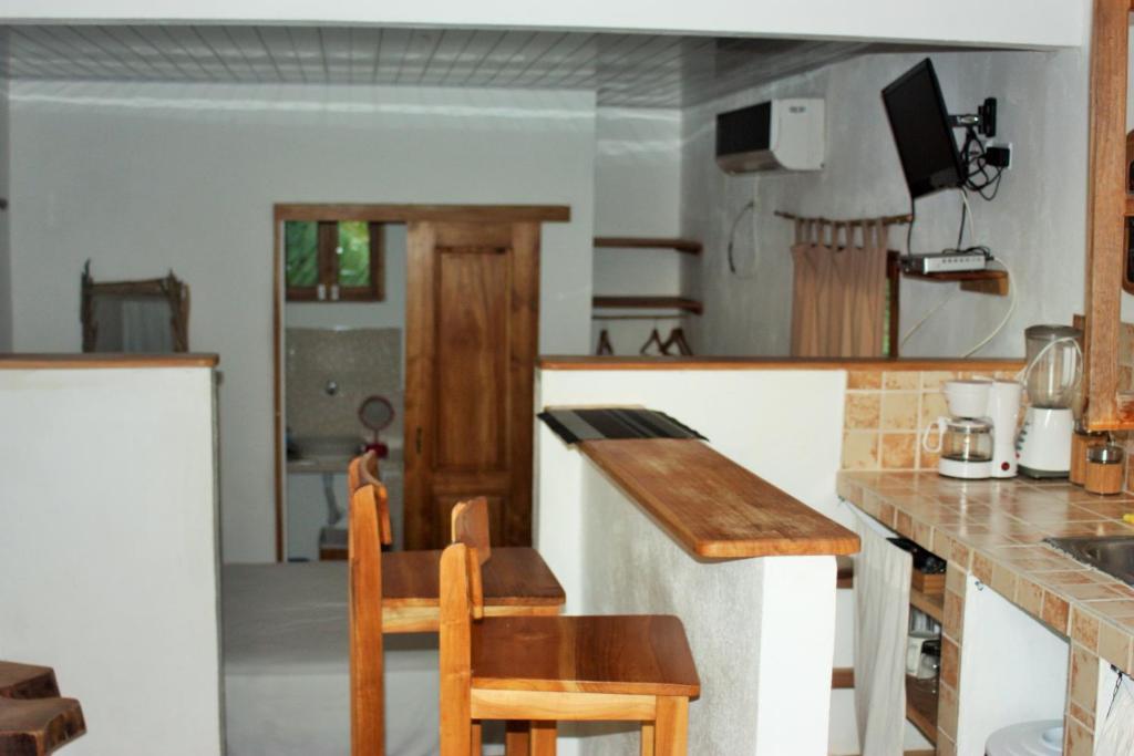 A kitchen or kitchenette at Casa Maya