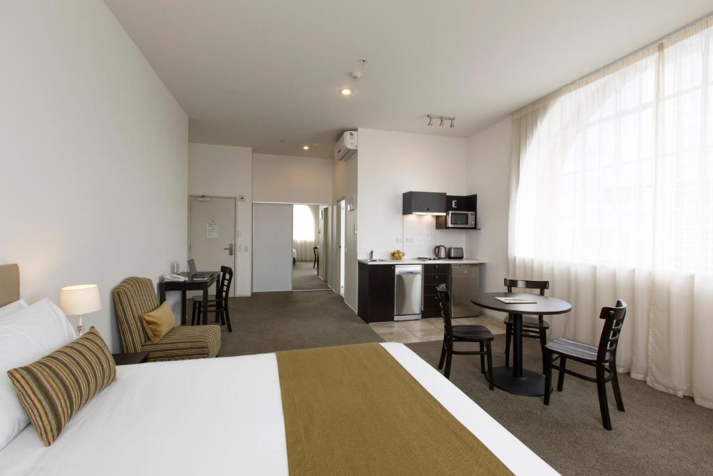 Quest Hamilton Serviced Apartments