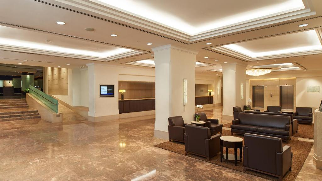 The lobby or reception area at York Hotel