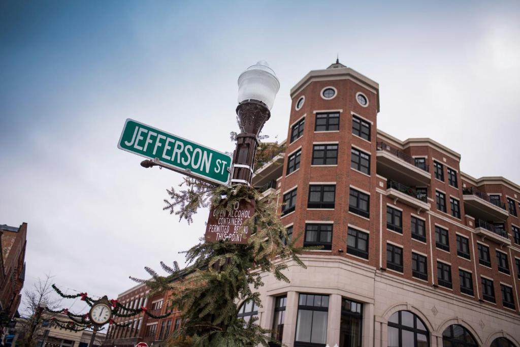 Jefferson Street Inn