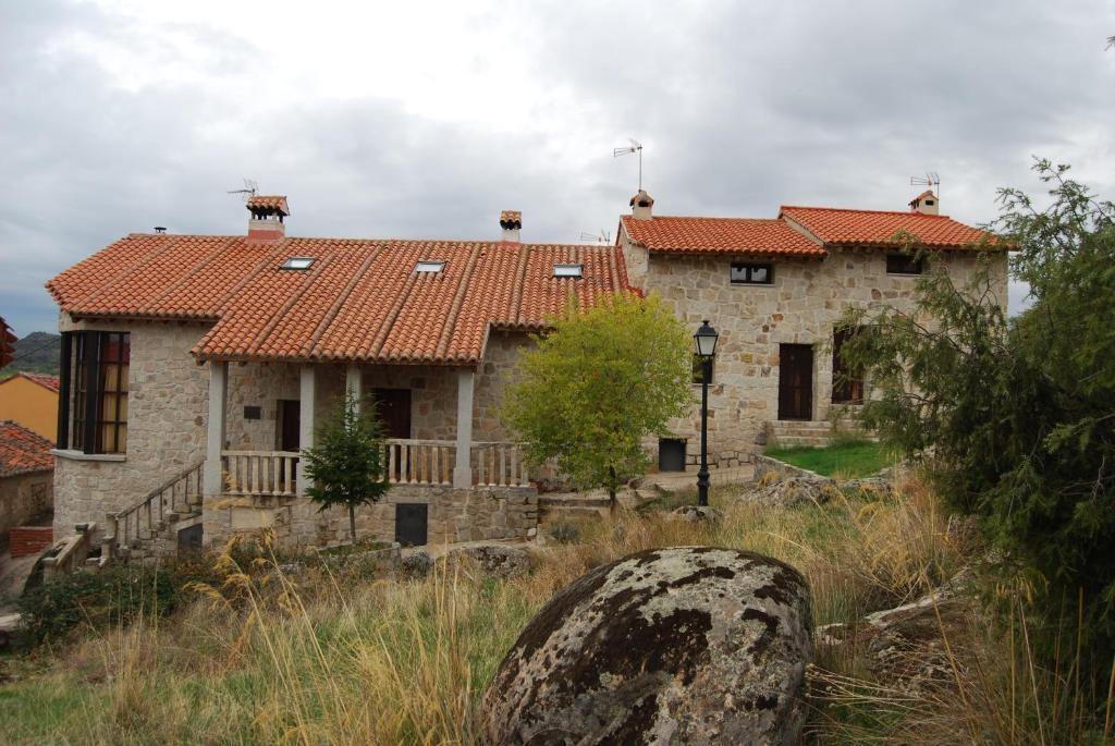 Casa de campo Alojamientos El Castillo (España El Berrueco ...