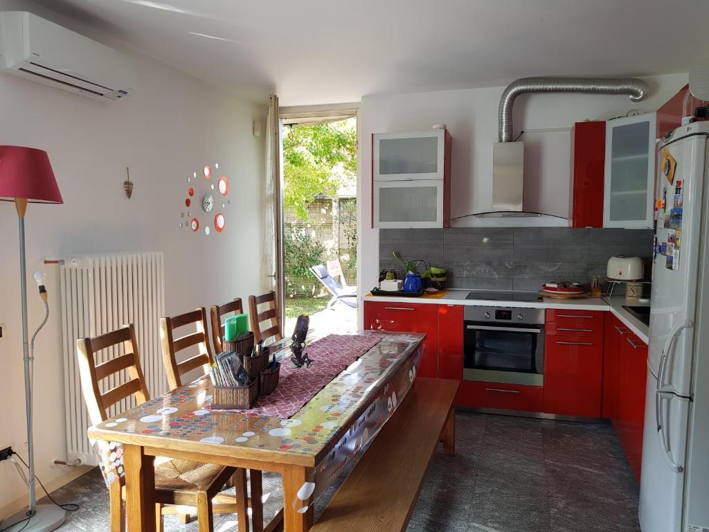 Apartment Casa con Giardino e Cucina, Cernusco sul Naviglio ...