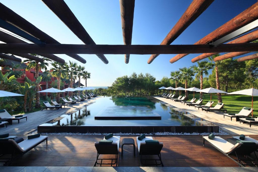 Het zwembad bij of vlak bij Asia Gardens Hotel & Thai Spa, a Royal Hideaway Hotel
