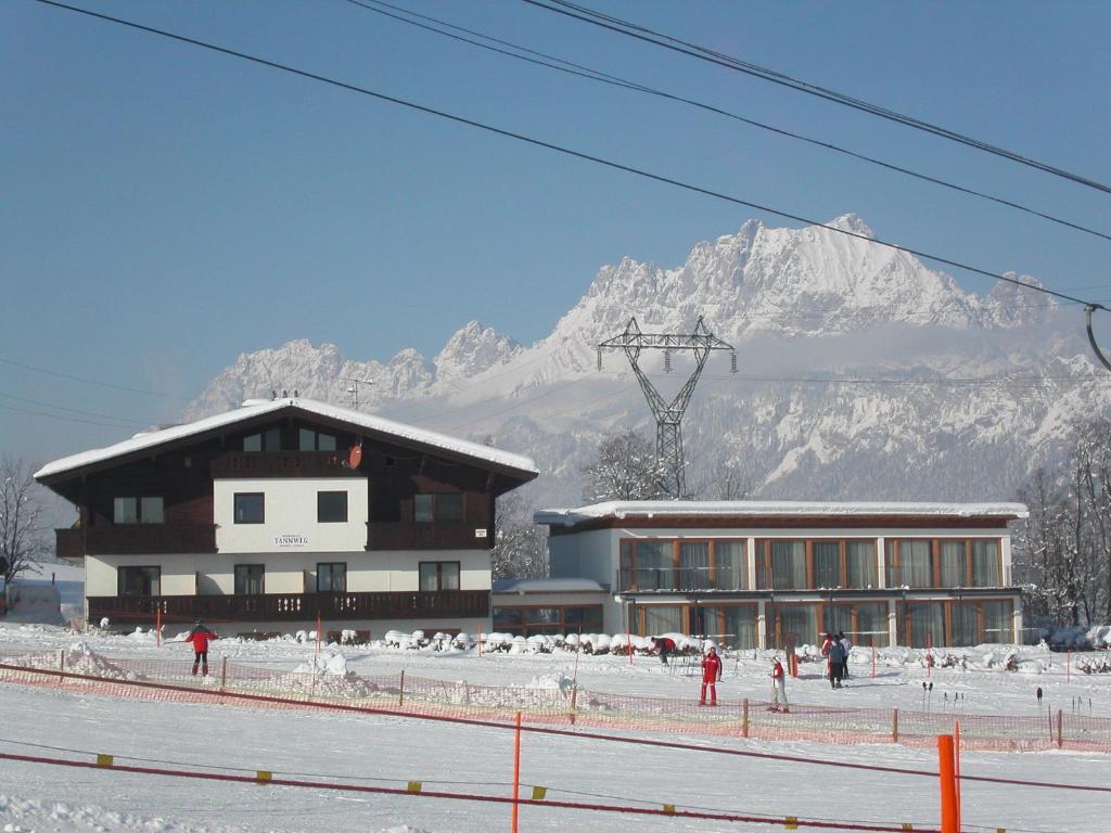 Escort Service Sankt Johann in Tirol   Locanto Erotik Dating