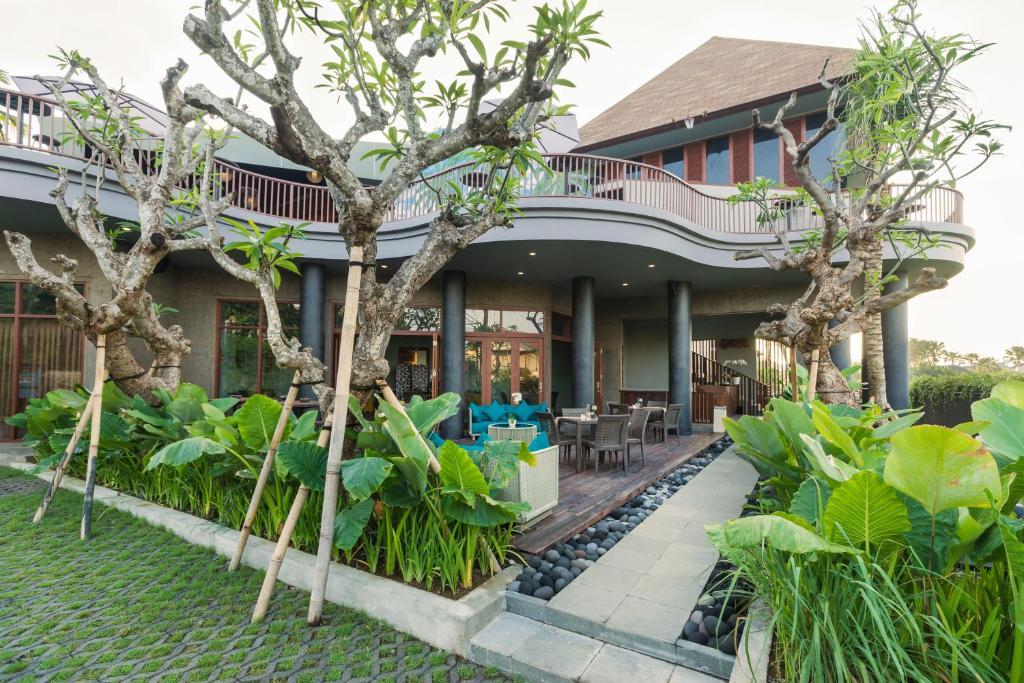 Sense Canggu Beach Hotel Indonesia