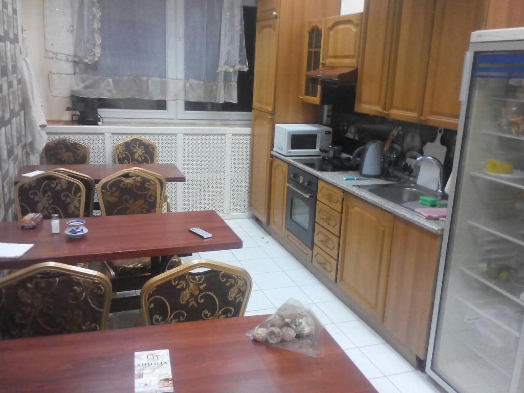 A kitchen or kitchenette at Hostel U Bashny