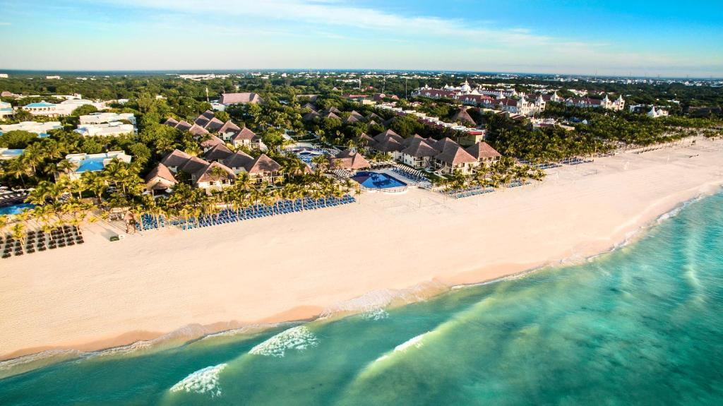 A bird's-eye view of Allegro Playacar All-Inclusive Resort