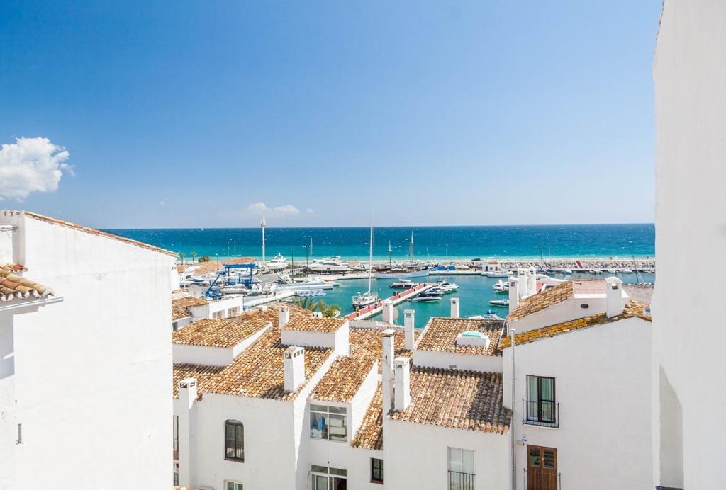 Lagenhet Puerto Banus Marbella Canovas Esp Marbella Booking Com
