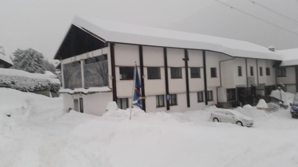 Hotel De La Telecabine, Courmayeur – Prezzi aggiornati per ...