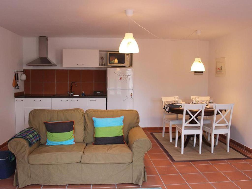 Casa de Campo Cerca da Charnequinha (Portugal Santiago do ...
