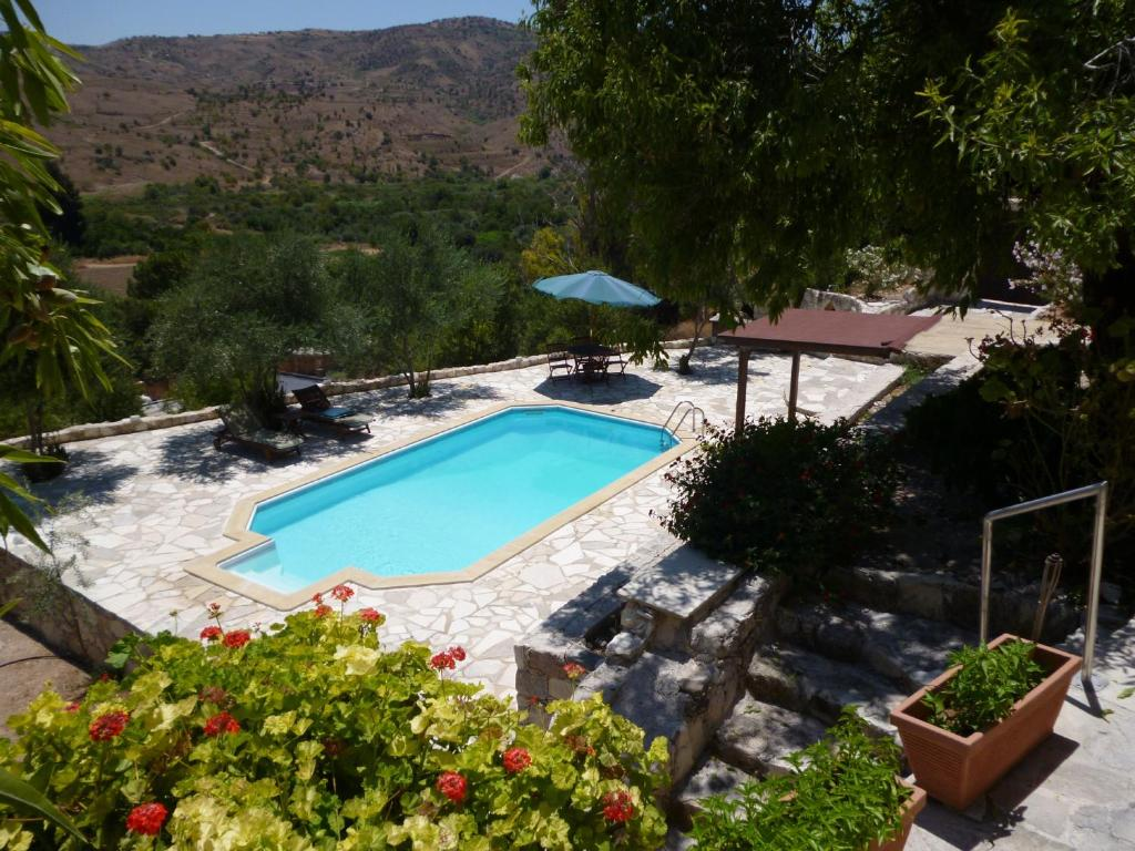 A view of the pool at Piskopos House or nearby