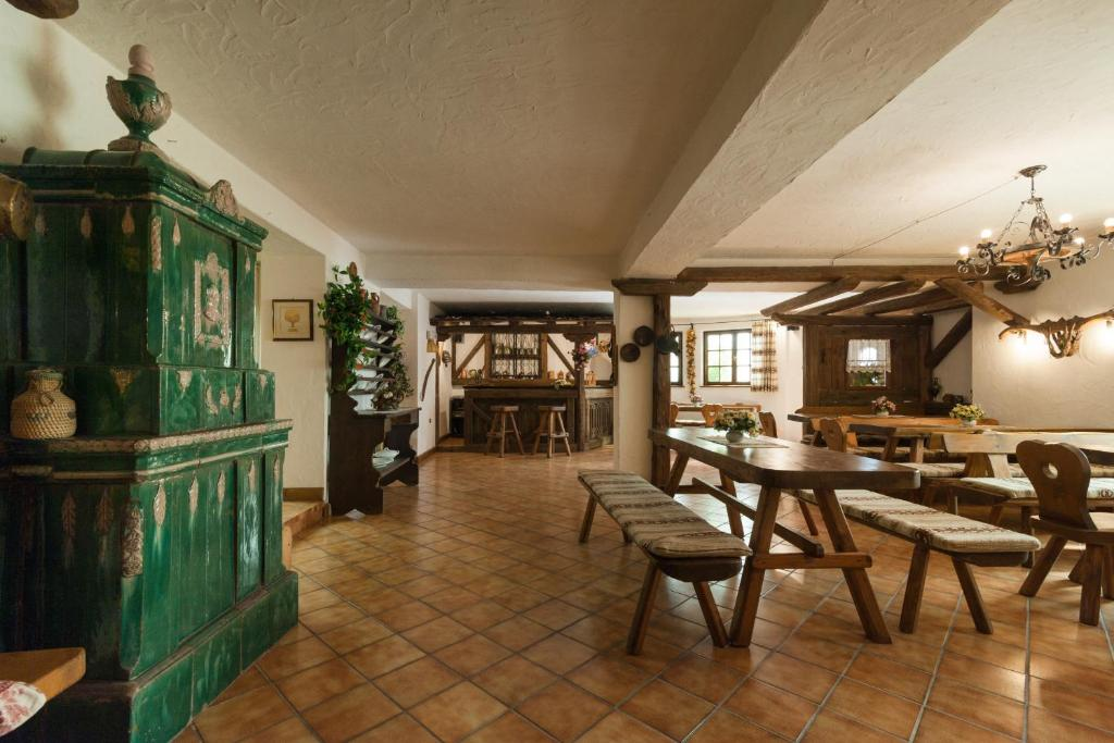 Blumen Hotel Bel Soggiorno, Malosco – Prezzi aggiornati per ...