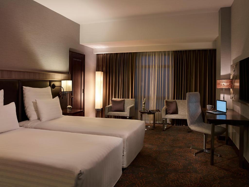 Phòng Deluxe 2 Giường Đơn Hướng Phố