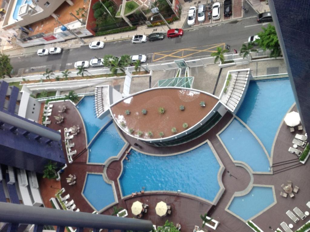 A view of the pool at Apartamento Em Fortaleza De Frente Para O Mar or nearby