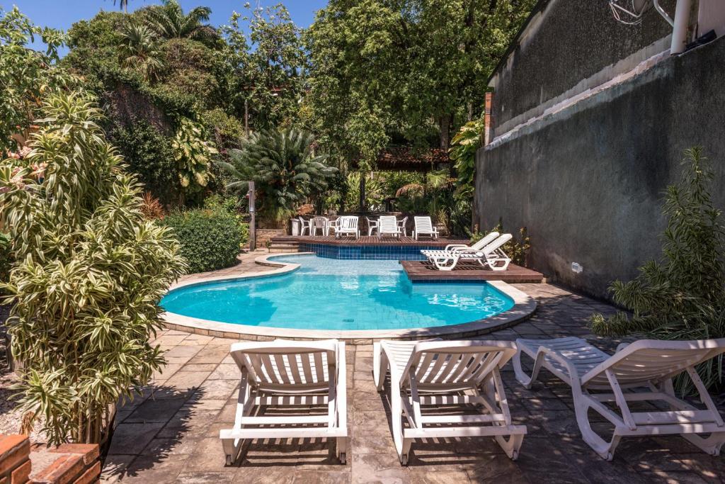 A piscina localizada em Albergue de Olinda Hostel ou nos arredores