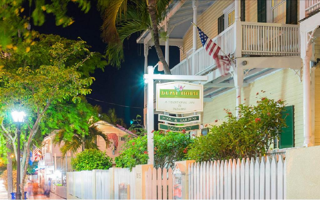 Astounding Duval House Bed And Breakfast Key West Fl Booking Com Download Free Architecture Designs Scobabritishbridgeorg