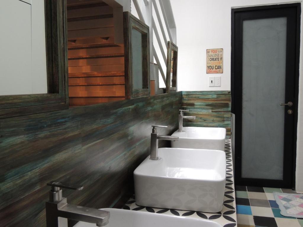 Phòng 3 Người có Phòng tắm Riêng ở Bên ngoài