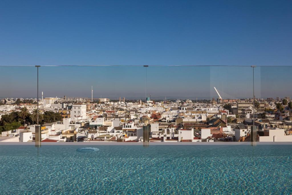 Gran Meliá Colon - The Leading Hotels of the World, Sevilla ...