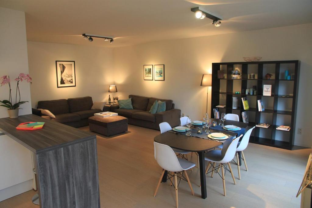 Część wypoczynkowa w obiekcie NEW Design apartment in Brussels