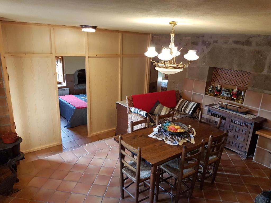 Cal Viudet Vell, Caserras – Precios actualizados 2019