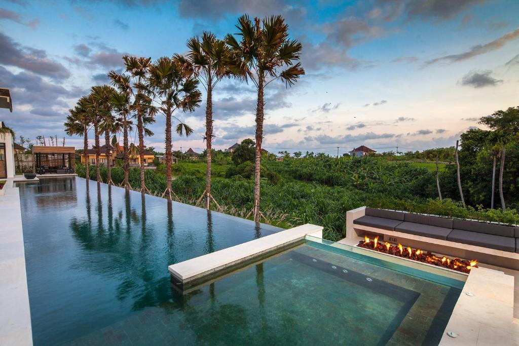 Villa The Palm House Canggu Indonesia Booking Com