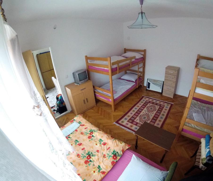 Narivoodi või narivoodid majutusasutuse Hostel Dada toas