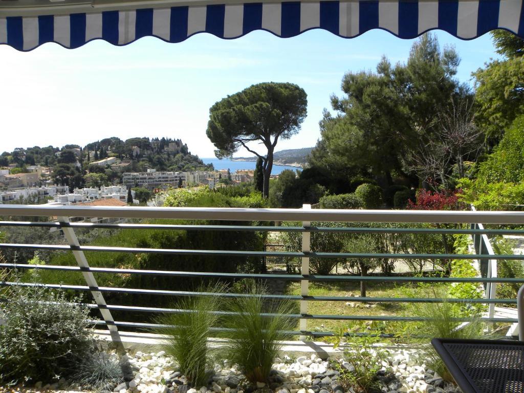 Apartment Le Jardin des Hespérides, Cassis, France ...