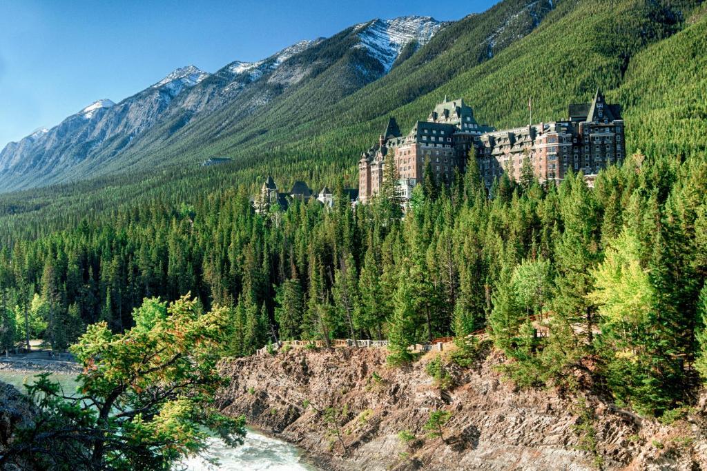 Resort Fairmont Banff Springs Canada Booking Com