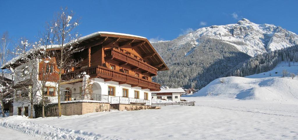 Polizeiinspektion Neustift - TVB Stubai Tirol