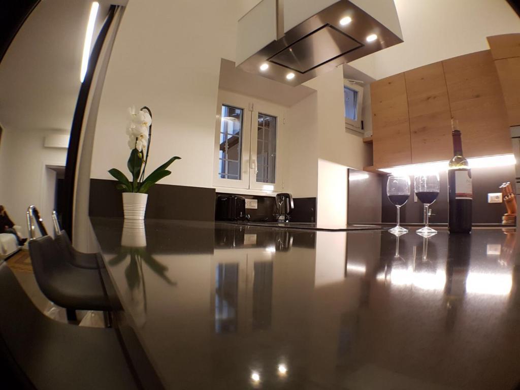 Appartamento La dimora di Flo (Italia Roma) - Booking.com