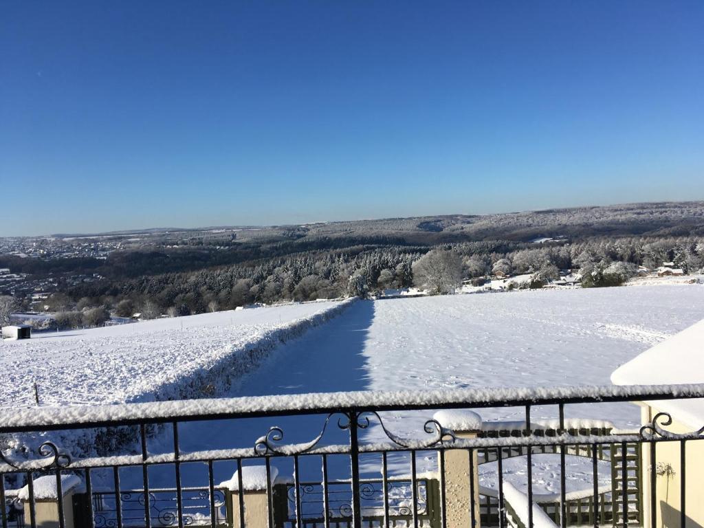 Dean Valley Panorama Bed & Breakfast