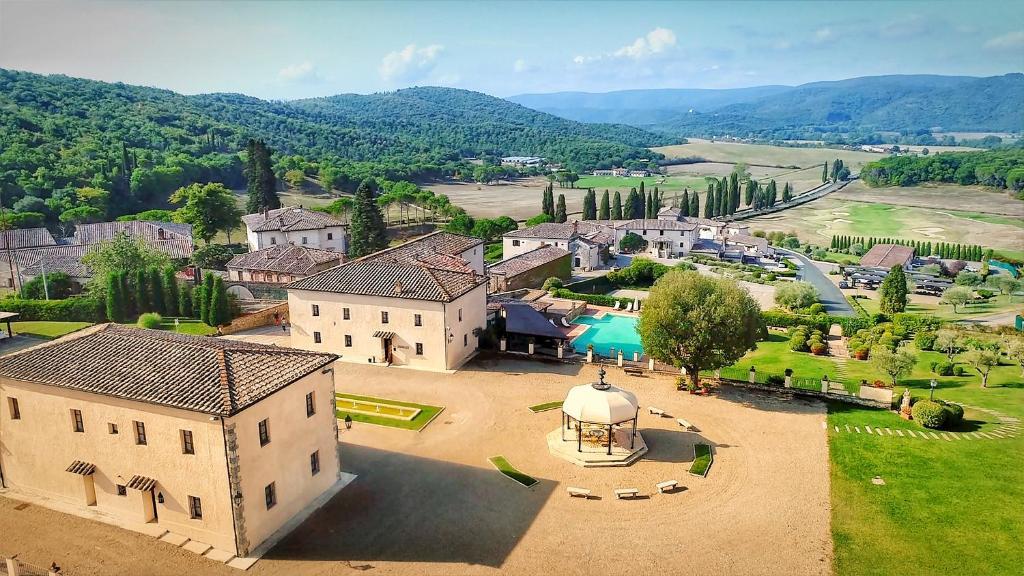 La Bagnaia Golf Spa Resort Curio Italien Bagnaia Booking Com